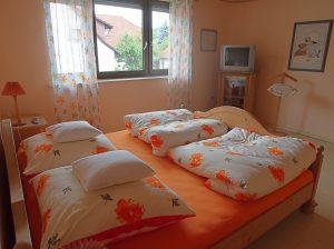 Schlaf- Kinderzimmer | Ferienhaus In Harmonie Schlafzimmer Und Kinderzimmer In Einem Raum